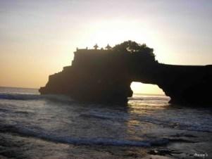 Paket wisata lombok murah 2018 untuk honeymoon tanpa hotel 2 hari 1 malam 3d2n 3 dari bandung malang bali tour liburan bulan madu jakarta semarang jogja 5 4 solo yogyakarta medan surabaya